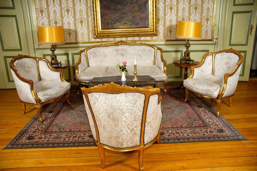 Marina Del Rey Furniture Repairs  Wood Refinishing Marina Del Rey CA
